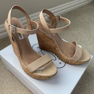 Nude/blush patent leather cork wedges